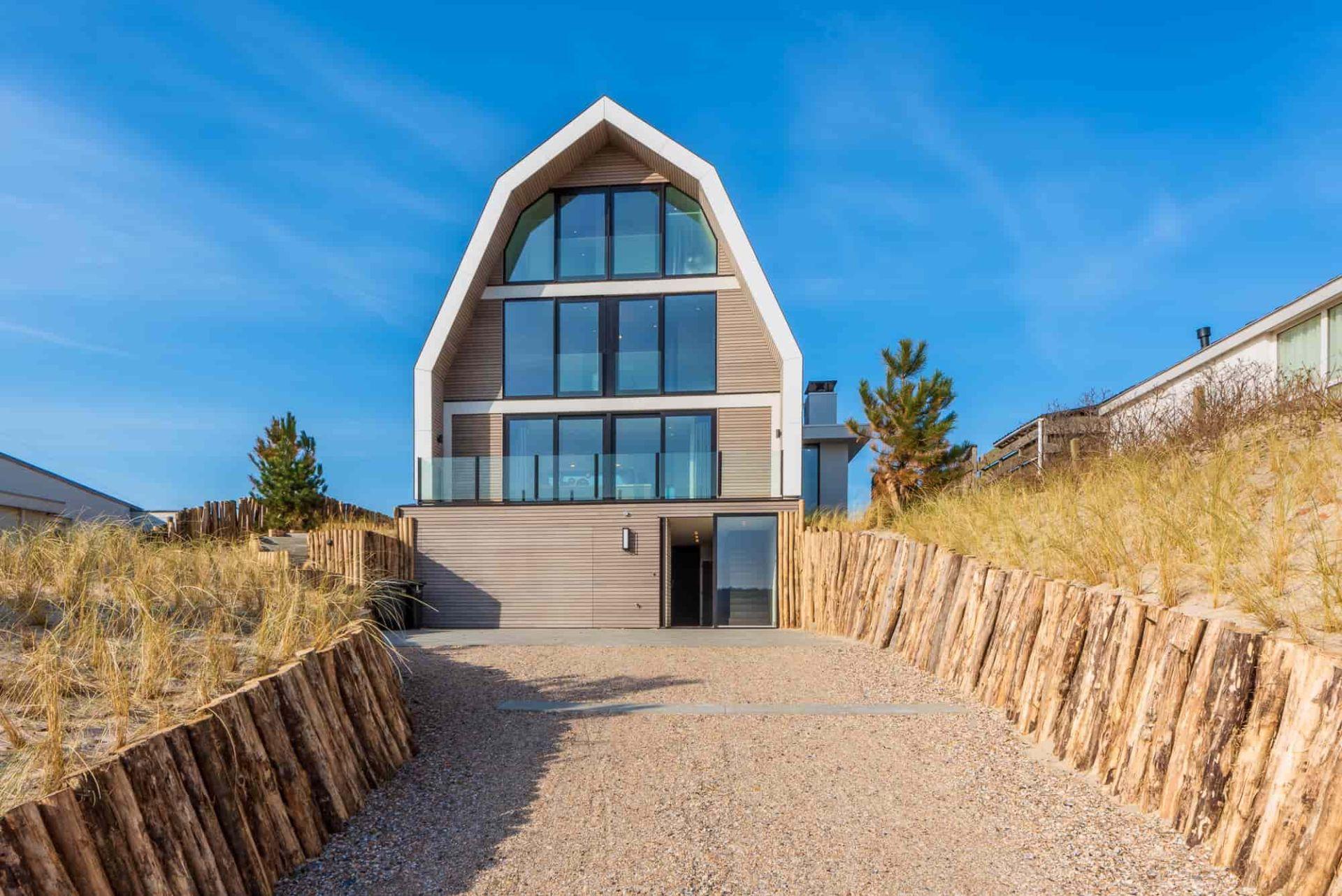Luxe villa voor 8 personen, gelegen in de duinen van Bergen aan Zee.