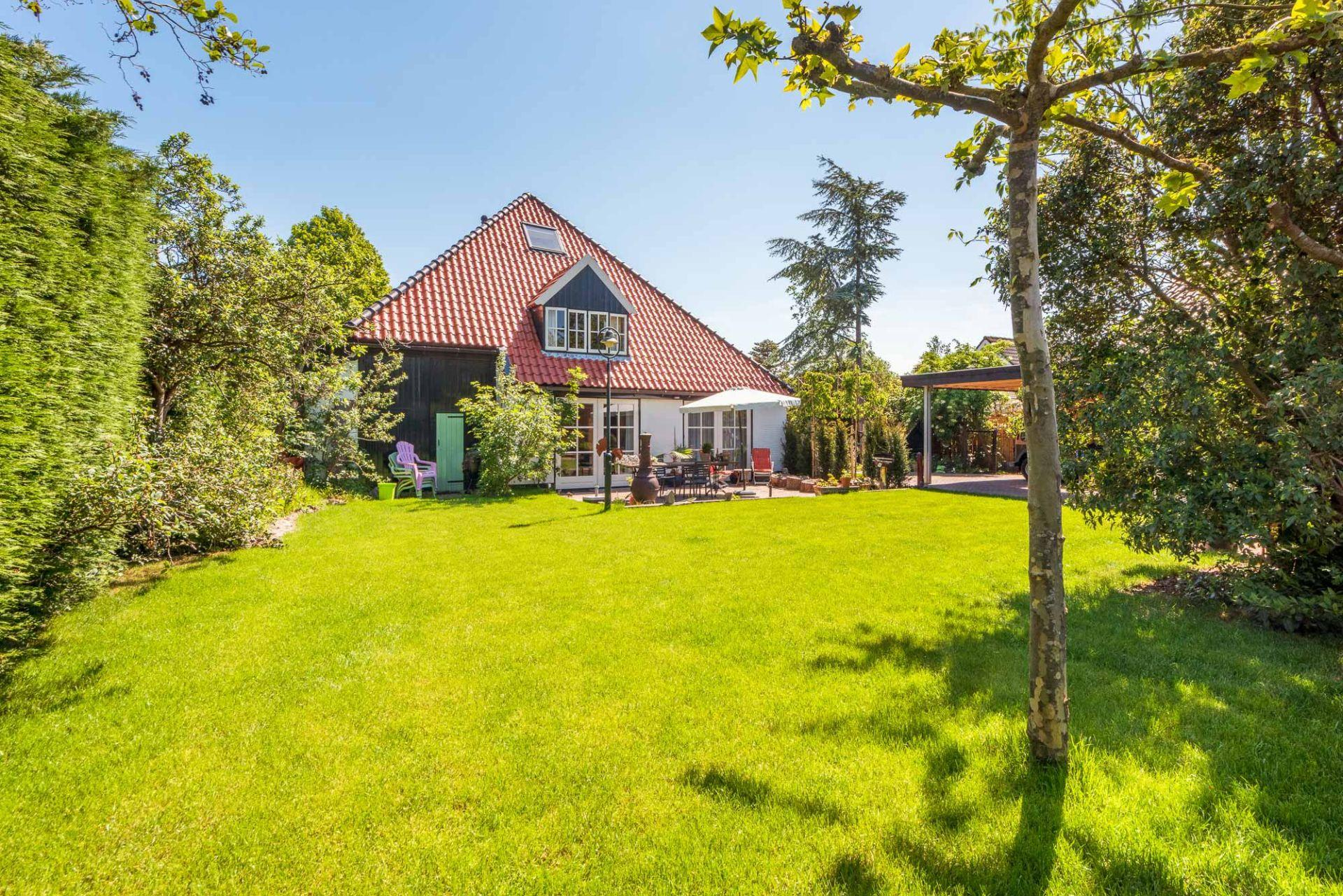 Prachtige stolpboerderij voor 6 personen in Bergen, 5 km van het strand.
