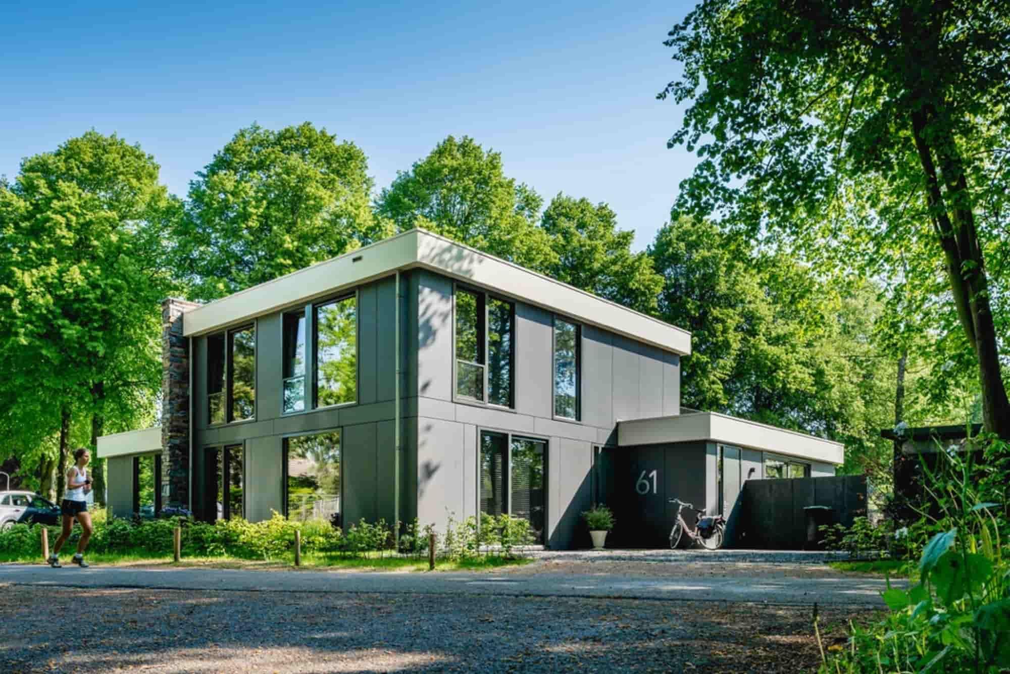 Moderne villa voor 4 volwassenen en 2 kinderen in Bergen. Uw hond is welkom.